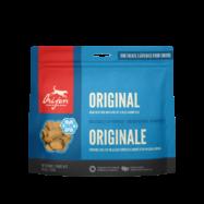 ORIJEN TREAT ORIGINAL DOG são snacks 100% naturais. Repletos de carne de frango e peru frescos, criados ao ar livre em quintas das pradarias.